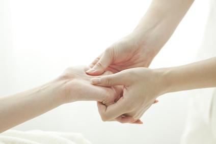 Les techniques de massage pour les mains