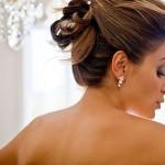 Coiffure de mariage à domicile avec cheveux courts